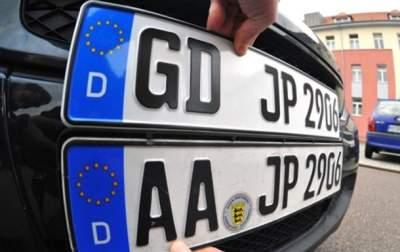 Гройсман пообещал за месяц решить вопрос с автомобилями на еврономерах