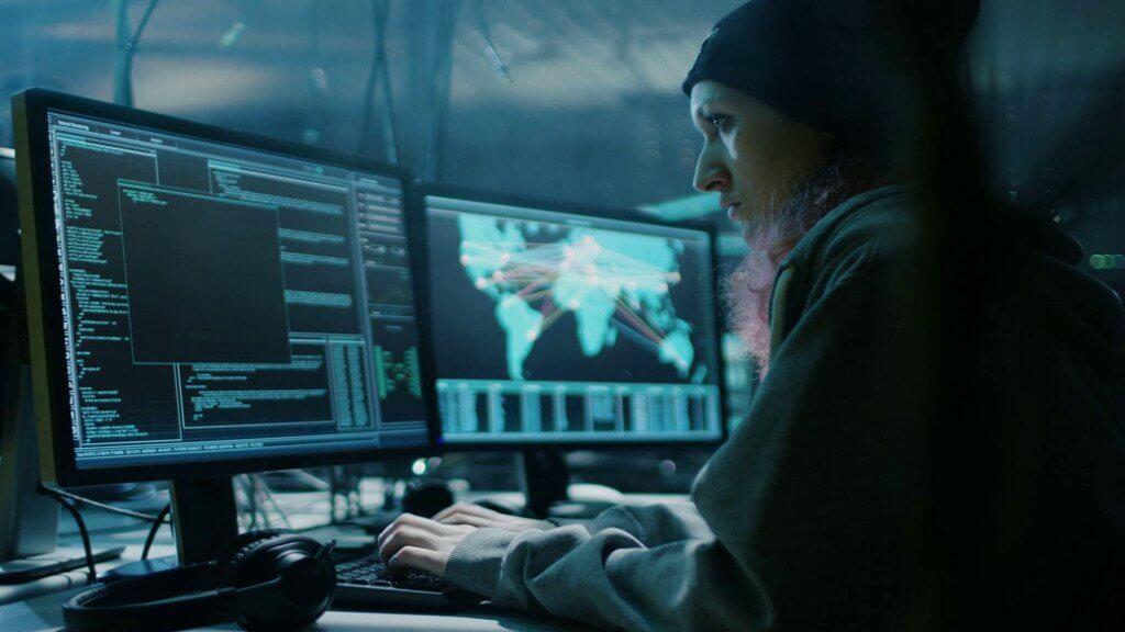 Наша школа: взломавшие банк хакеры требуют выкуп в криптовалюте