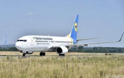 МАУ увеличивает частоту полетов по Украине