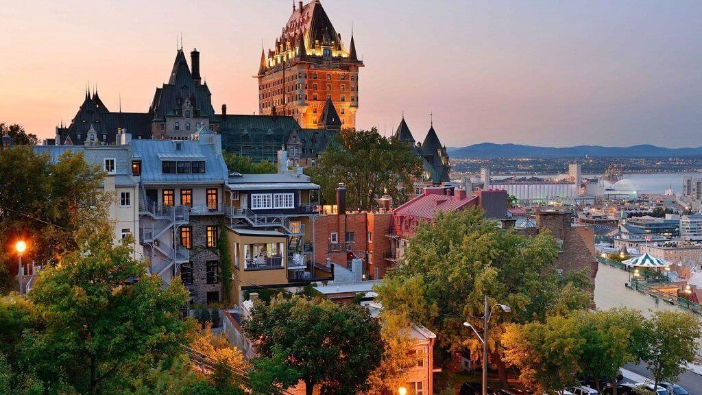 Власти Квебека передумали ограничивать потребление электричества для майнеров
