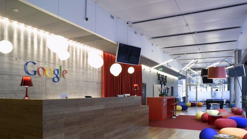 СМИ: Google запретила рекламу криптовалют ради продвижения собственной монеты