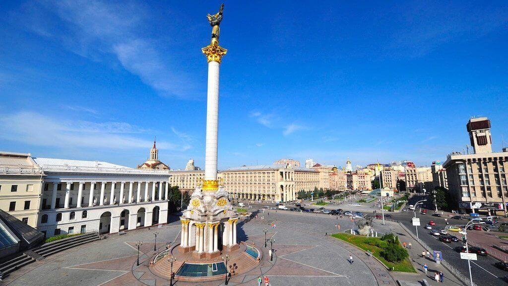 Десятая часть украинцев инвестирует в криптовалюты