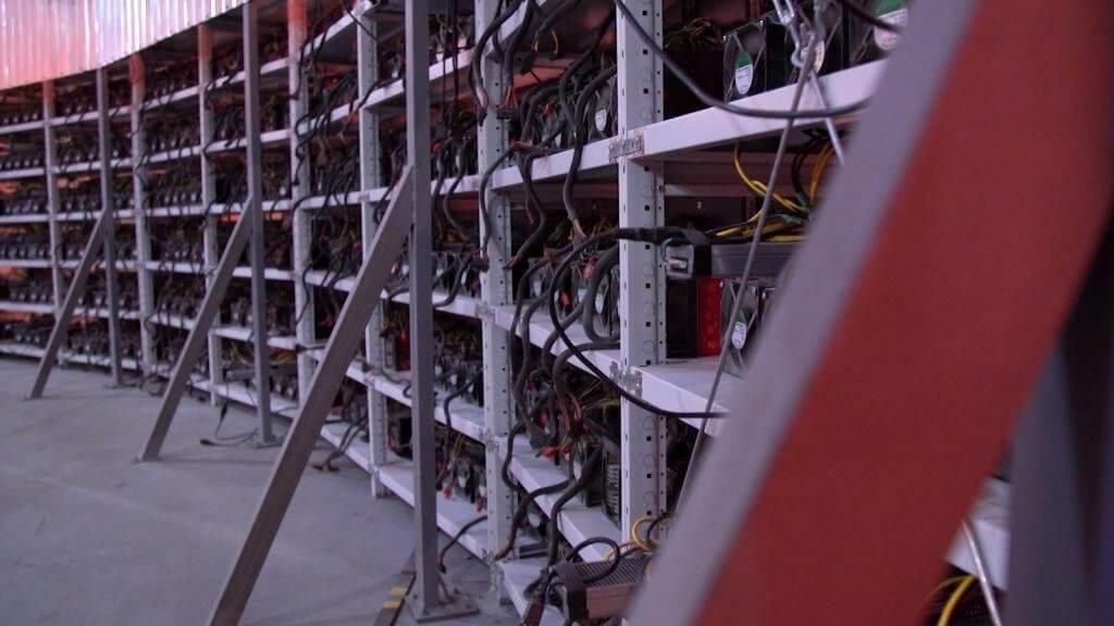 От печей к видеокартам: плавильня алюминия переходит на майнинг криптовалют