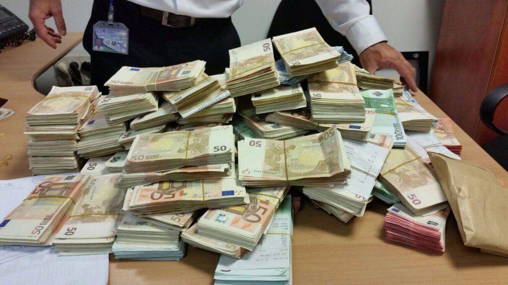 Это война: колумбийские банки заморозили средства местной криптобиржи
