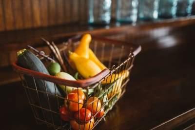 В Госстате подсчитали, сколько украинцы тратят на еду
