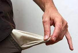 Стало известно, сколько украинцев считают себя бедными