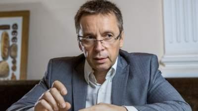 Украину ждет дефолт без сотрудничества с МВФ, - Миклош