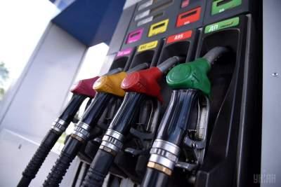 АЗС повысили цены на топливо