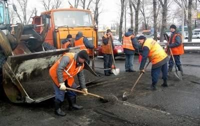 В Укравтодоре намерены отказаться от ямочного ремонта