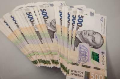 Сумма задолженности по выплате зарплат в Украине выросла