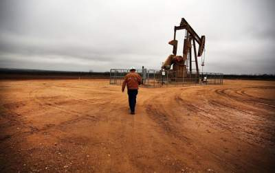 В октябре нефть подешевела на 15%
