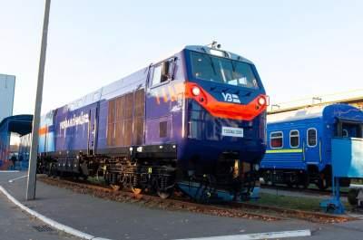 Первый тепловоз General Electric выходит на украинские железнодорожные пути