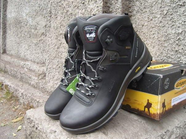 Спортивные качественные ботинки Grisport