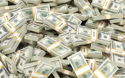 Число миллиардеров в мире за десять лет почти удвоилось