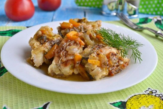 Рыба в маринаде с морковью и луком